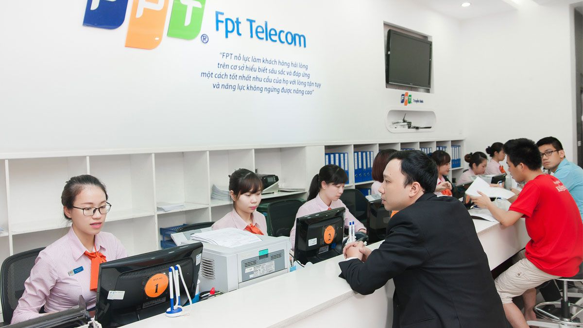 Lắp mạng FPT Long Biên