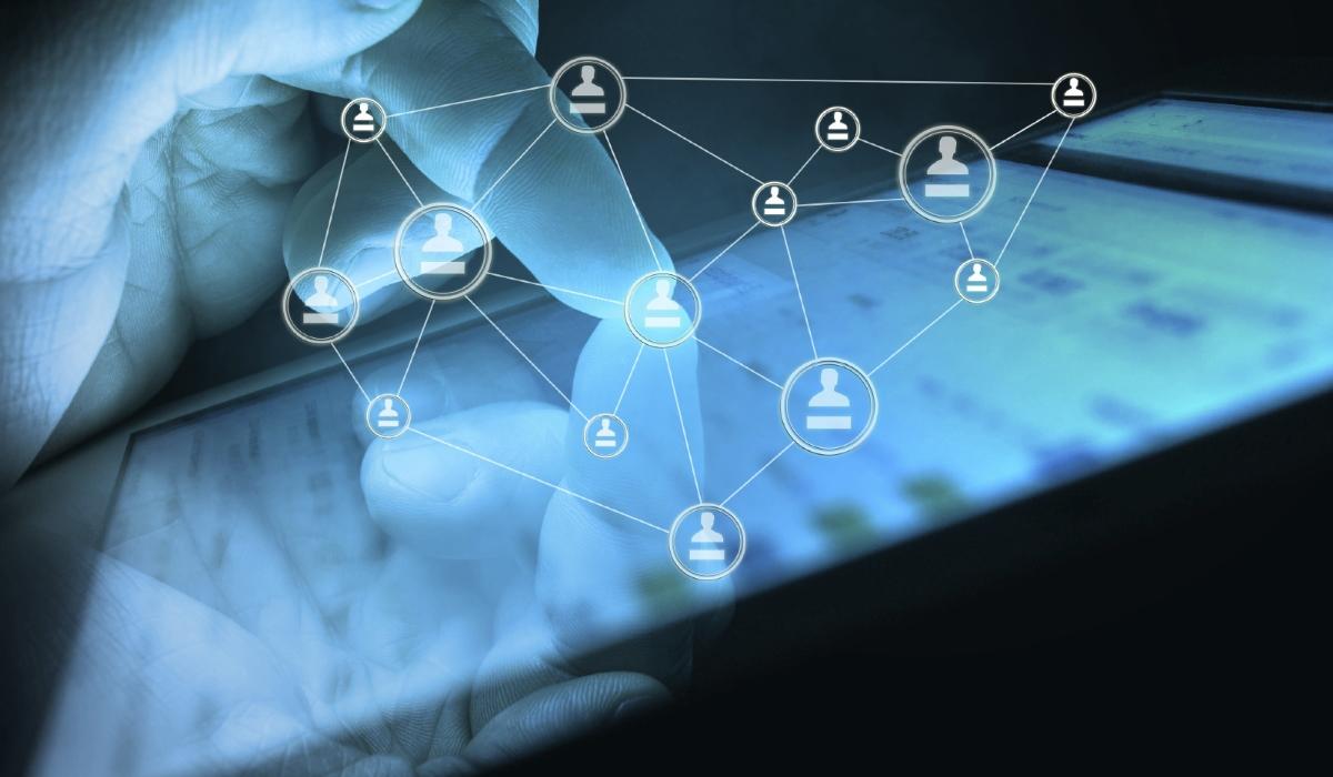 Quá nhiều thiết bị cùng lúc truy cập cũng khiến mạng FPT yếu
